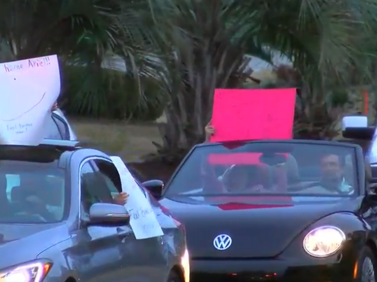Neighbors welcome S.C. teenager home with Christmas parade after battling leukemia, COVID-19 over holidays
