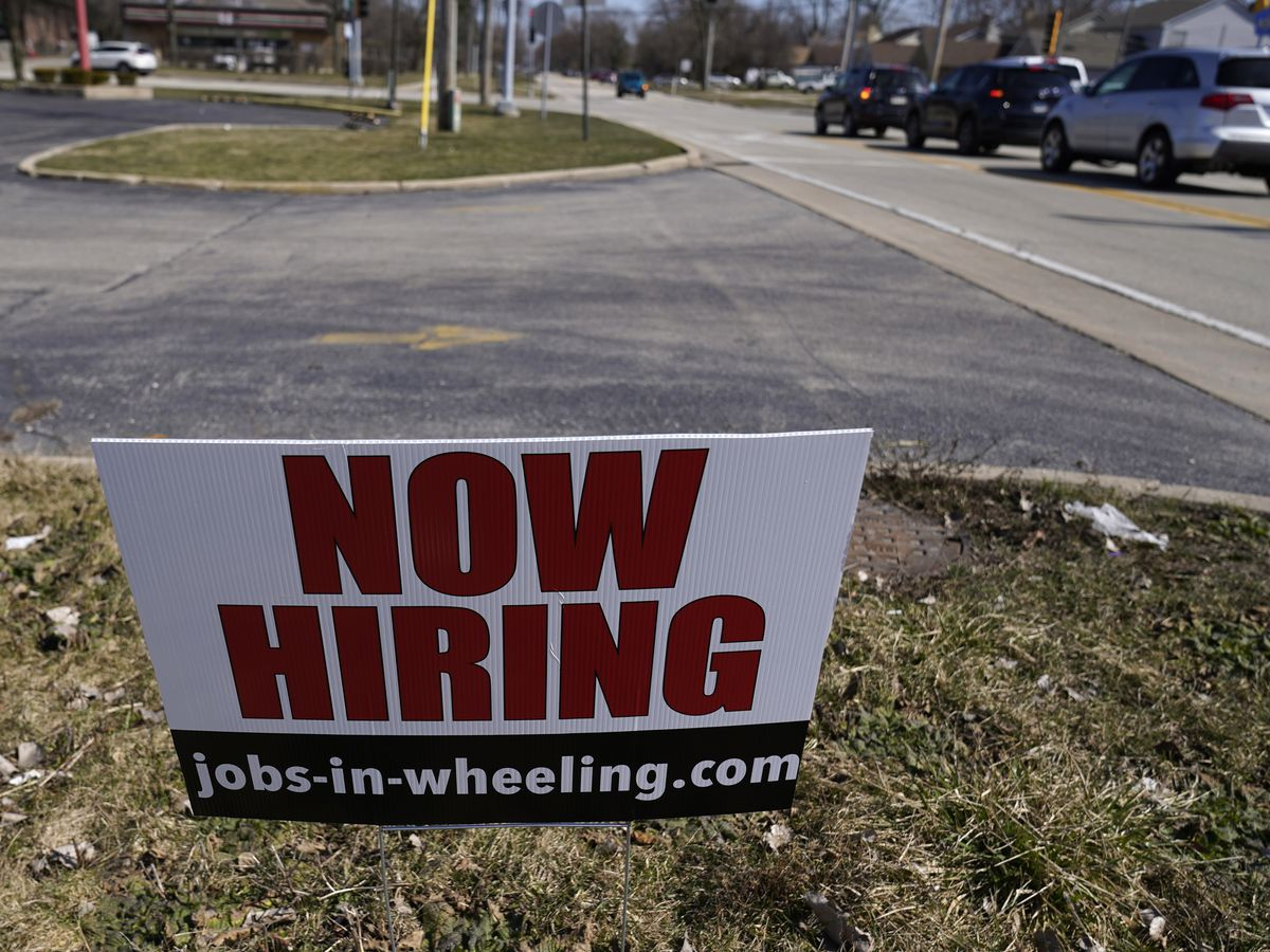 US job growth slows sharply in sign of hiring struggles