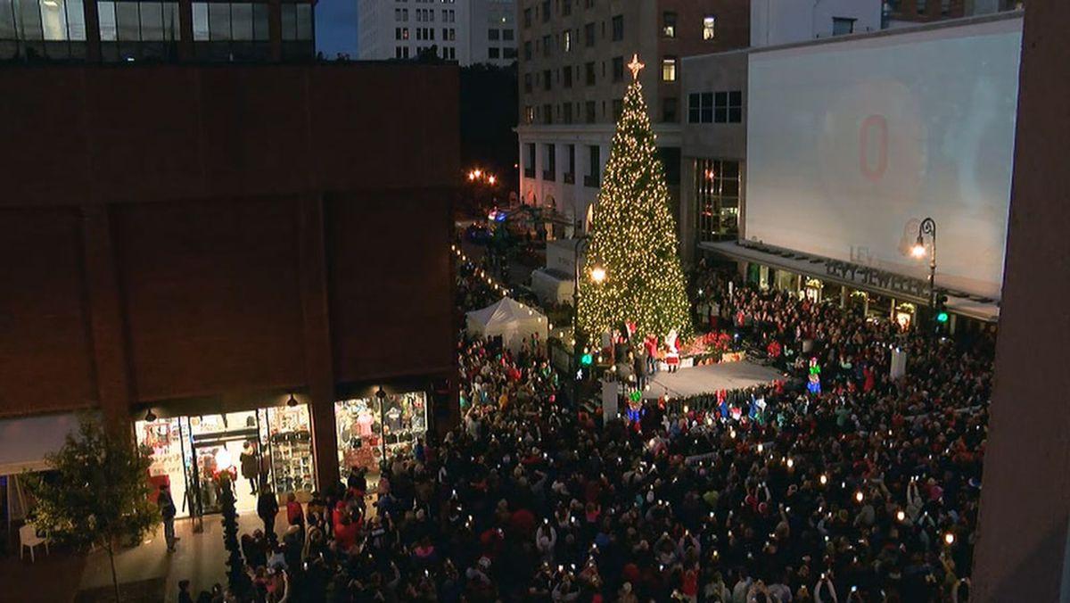 Christmas Parade Saturday Savannah Ga 2021 Savannah Weekend Tree Lighting And Boat Parade Of Lights