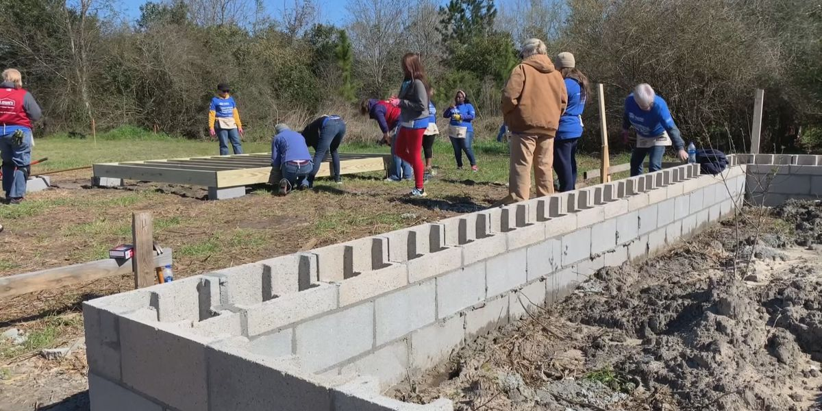 Statesboro women build homes for Habitat for Humanity