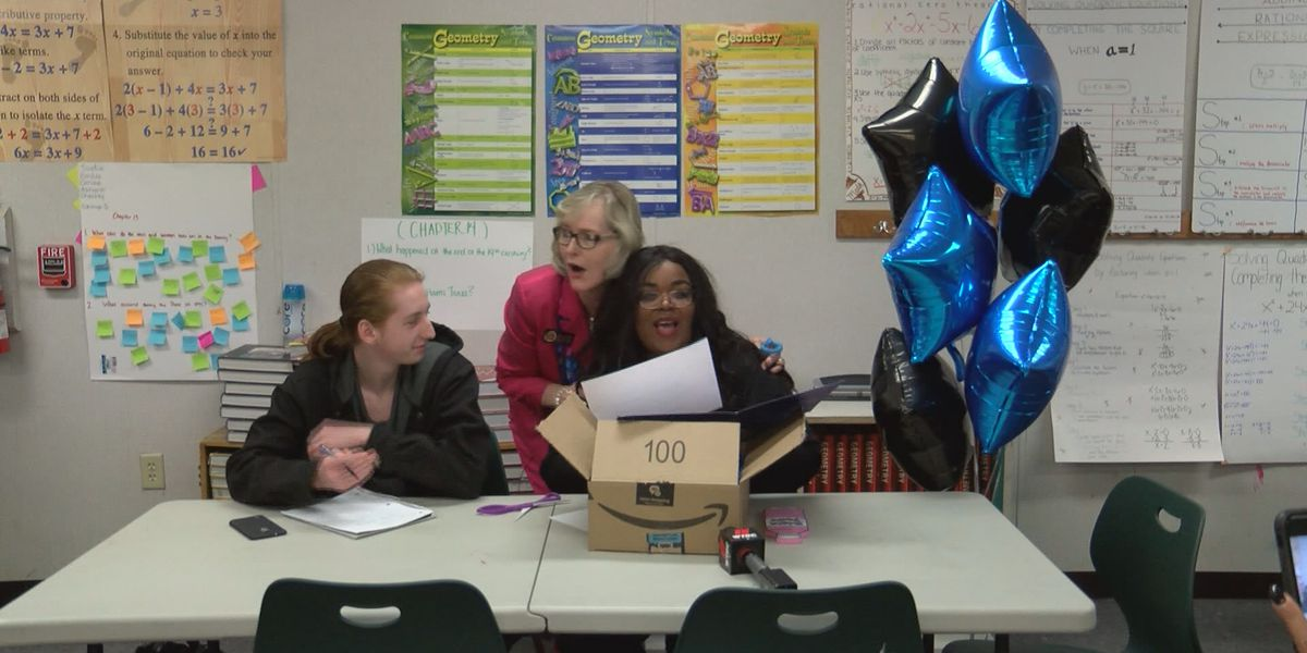 Royal Live Oaks High School senior receives one of Amazon's first future engineer scholarships