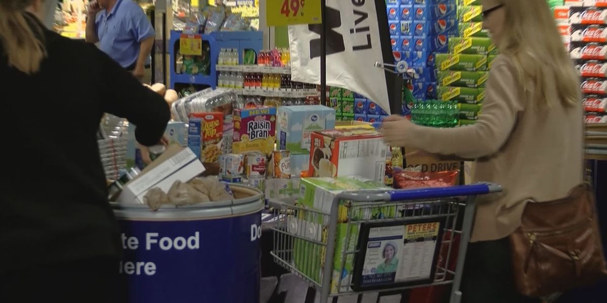 Day of Giving food drive surpasses 6,000 lbs goal