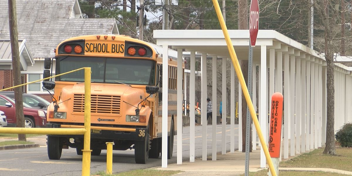 Evans County School District delays start date