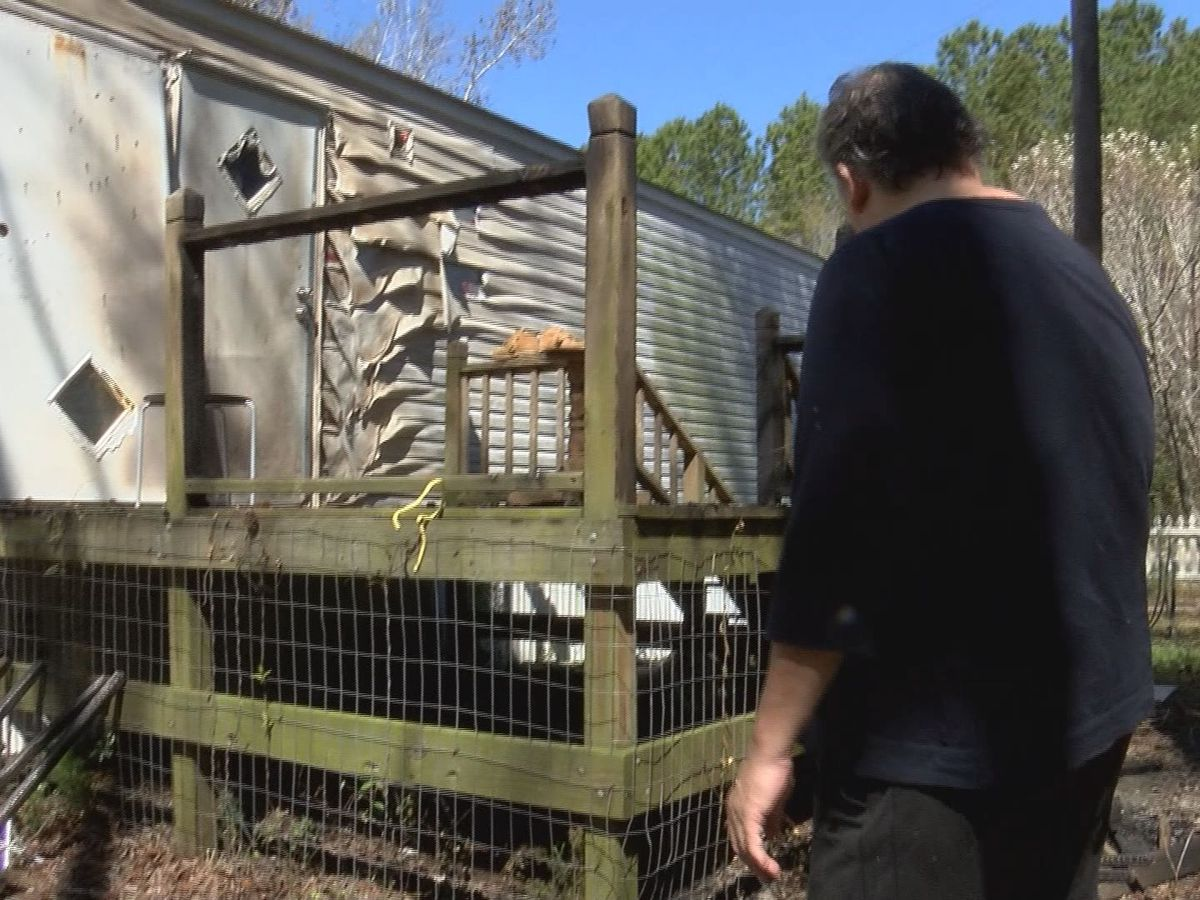 Community Champions: Couple saves neighbor's home form fire