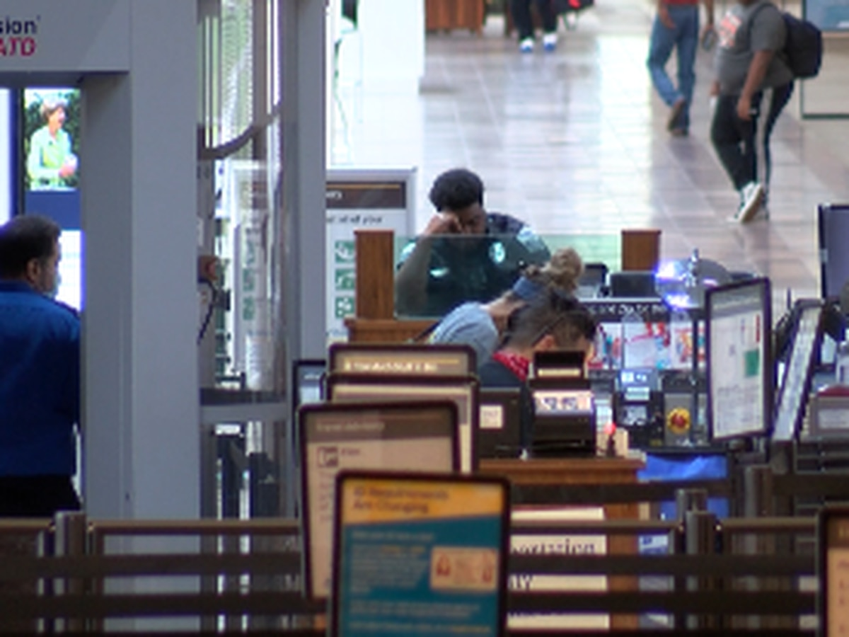 Holiday travel drastically lower at Savannah-Hilton Head Int'l Airport