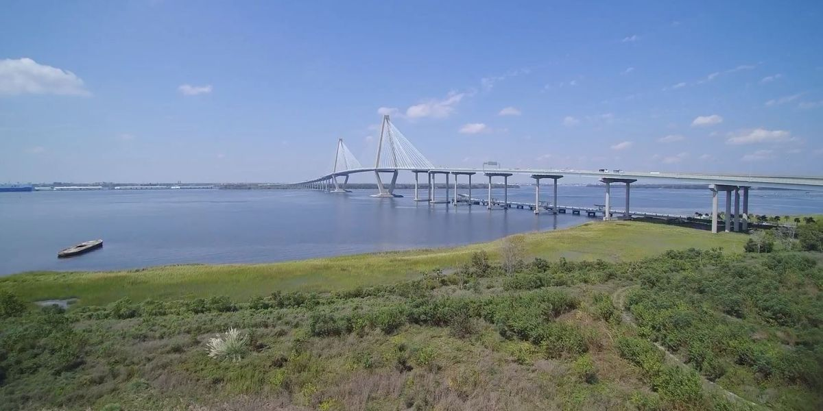 Charleston County bridges will not close during hurricane, advisories will be issued