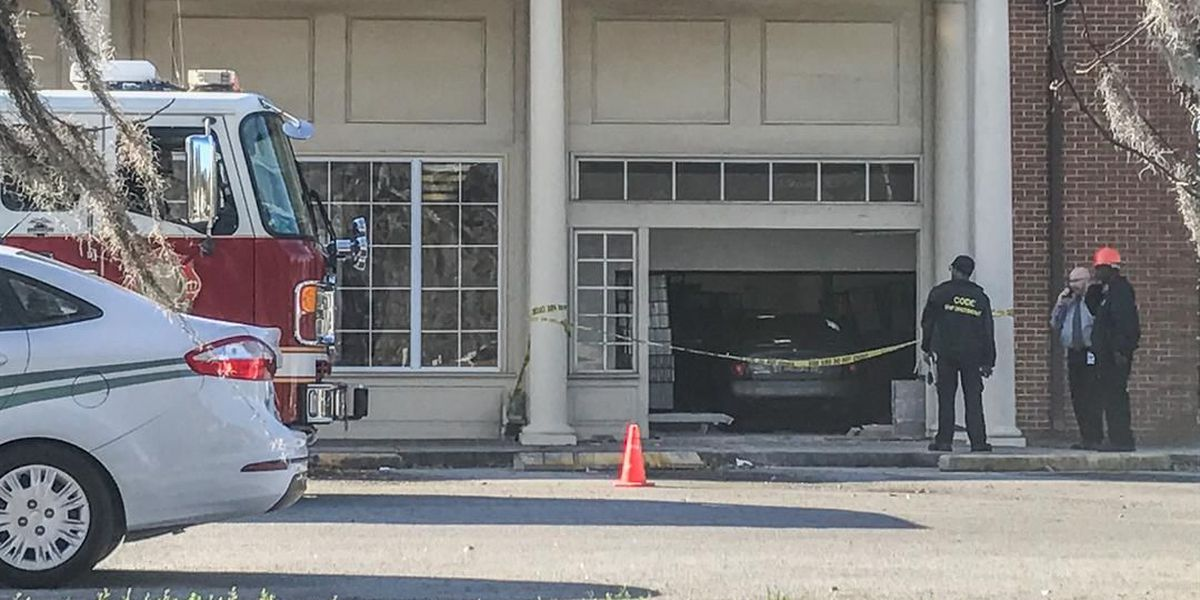 Car crashes through wall of Bingville Post Office on Montgomery St.
