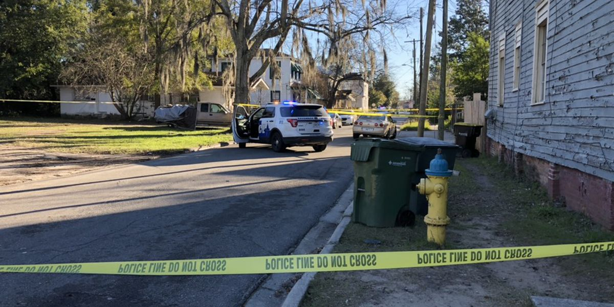 Savannah Police respond to shooting at W. 37th, Harden Streets