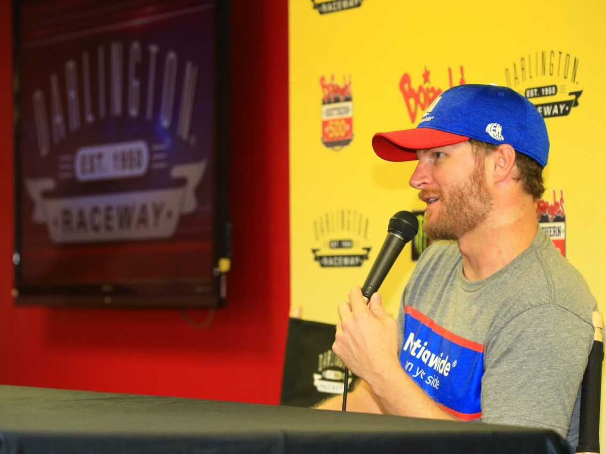 Dale Earnhardt Jr. tweets that he still plans to drive at Darlington Raceway