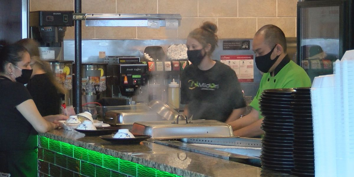 Everyone must wear face masks inside SC restaurants starting at 5 p.m. Monday, governor orders
