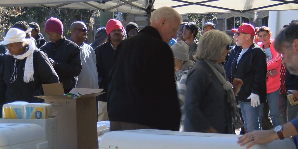 People helping People serve homeless in Forsyth Park