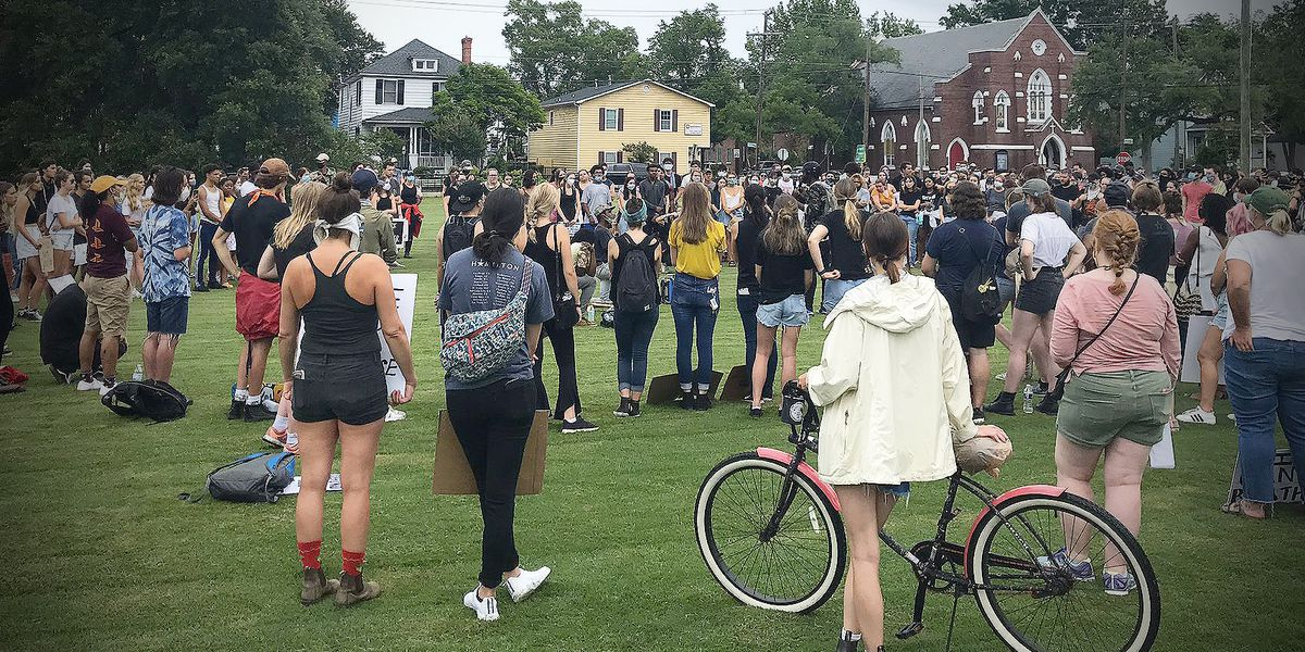 Youth leads Black Lives Matter protest in downtown Charleston