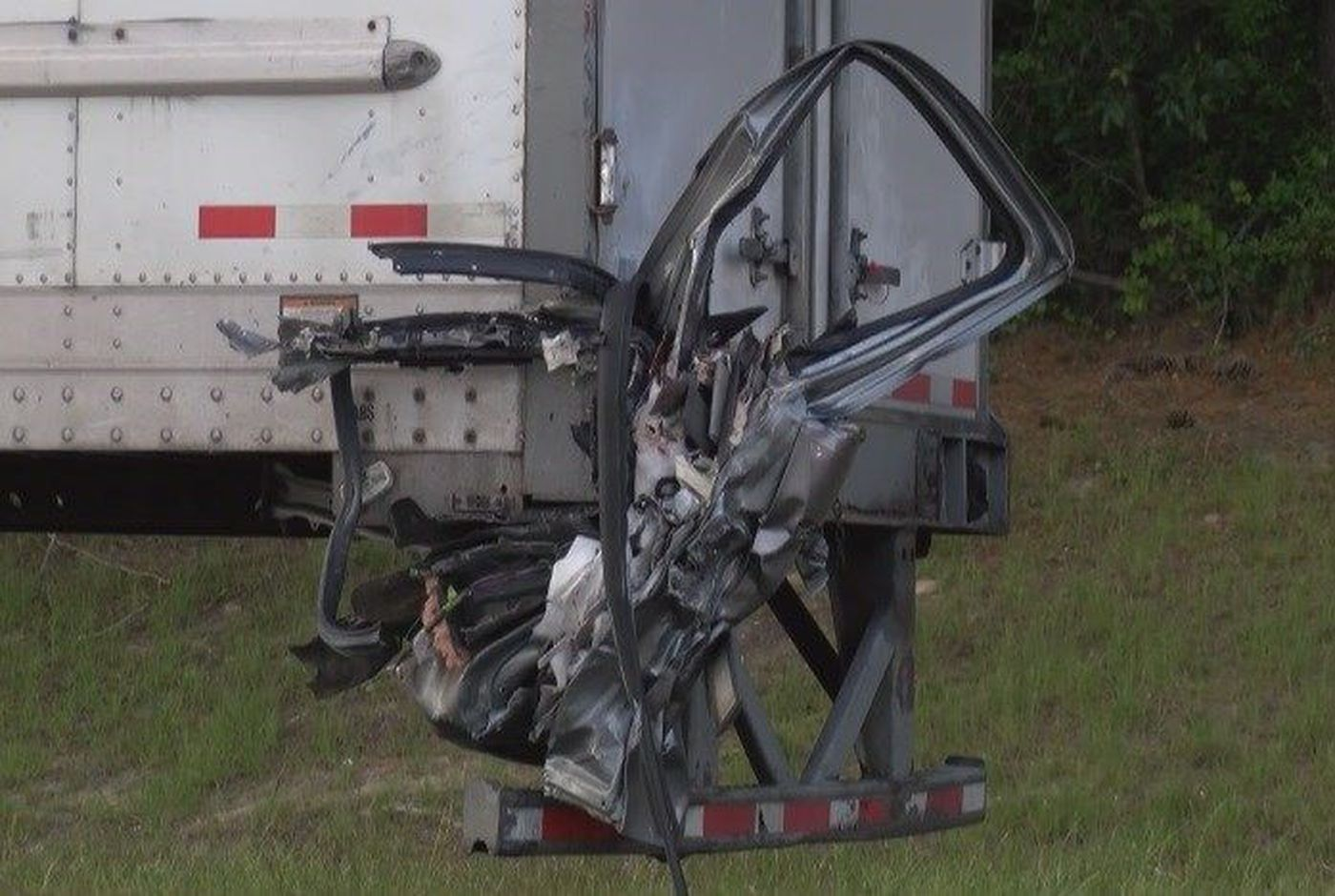 GSP investigates fatal crash on I-16 near Hwy 119