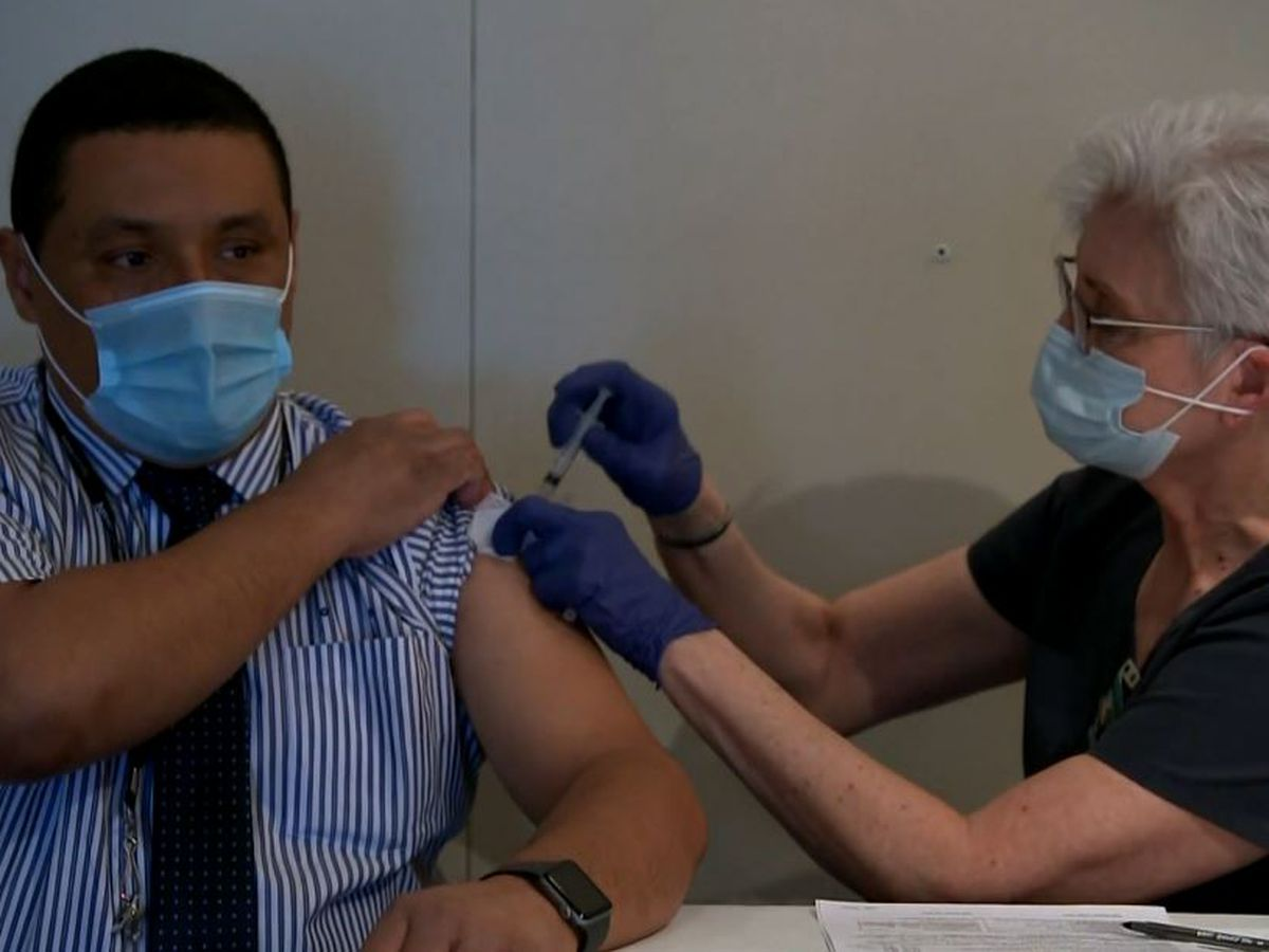 Half of US adults to be vaccinated by end of week