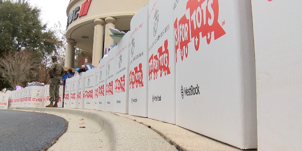 Generosity continues for Toys for Tots Toy Drive despite pandemic