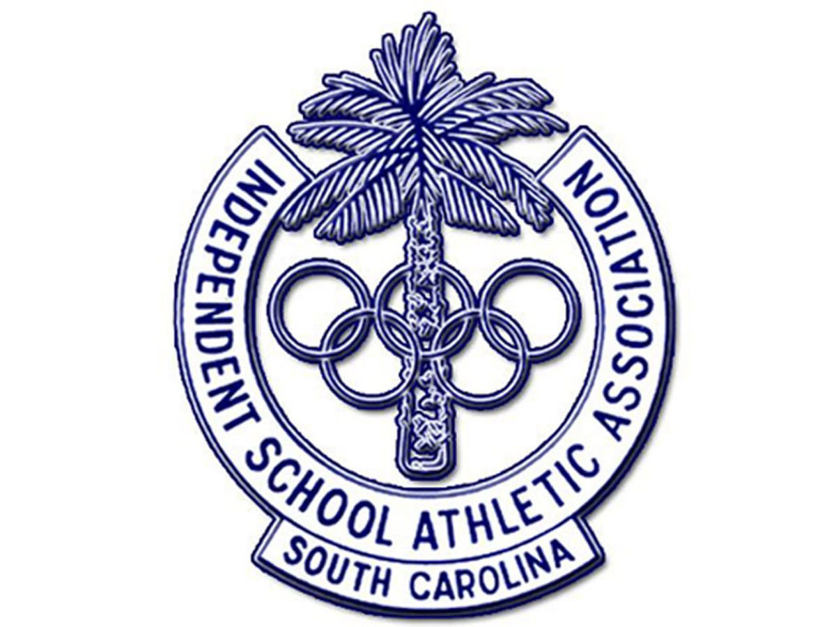 Two Lowcountry football teams bring home SCISA titles