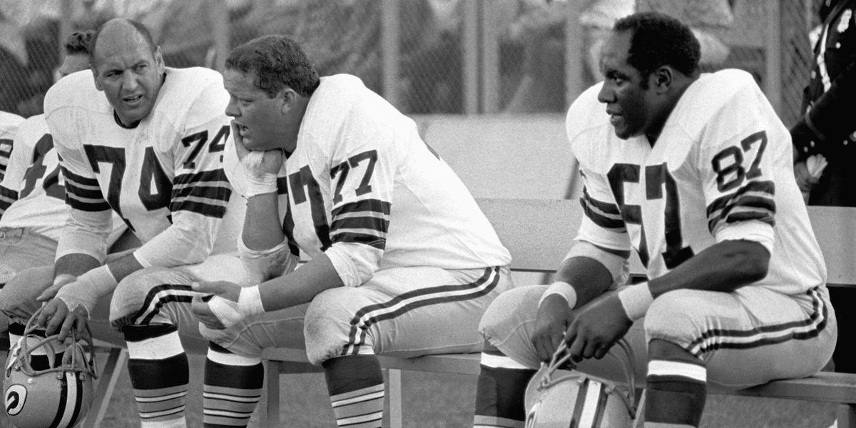 Hall of Fame defensive end Willie Davis dead at age 85