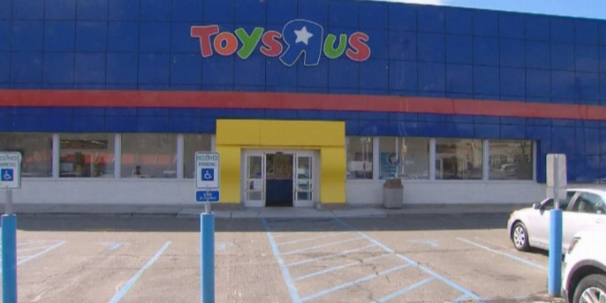 Toys 'R' Us agrees to pay $20M in severance to its laid-off workers