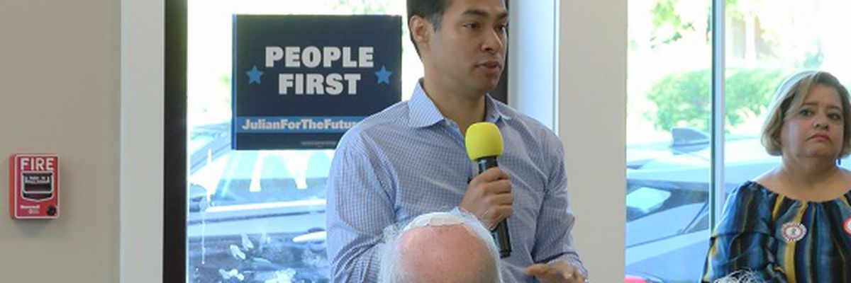 Democratic presidential candidate Julian Castro campaigns in the Lowcountry