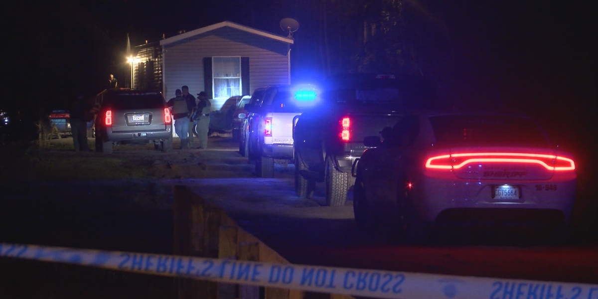 Three people hurt in drug deal turned shooting