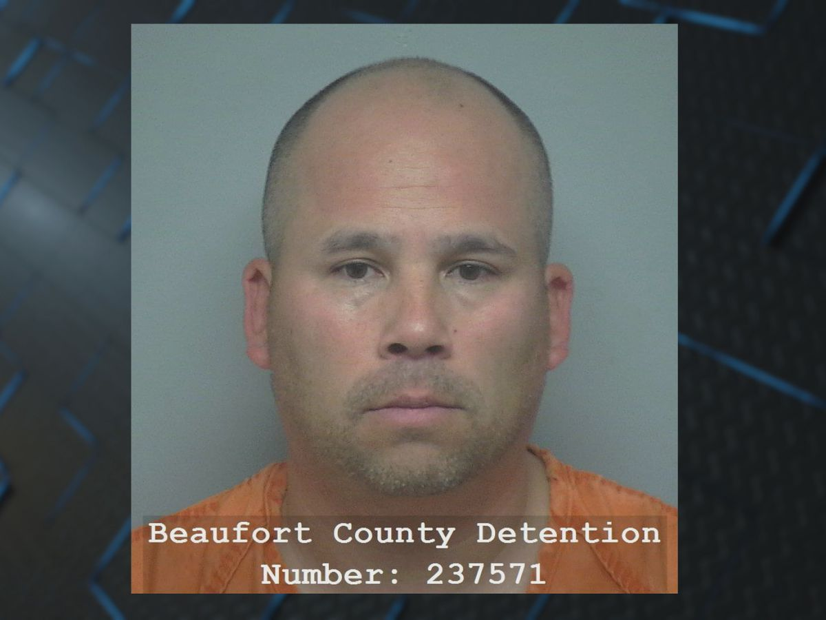 Hilton Head Island masseur accused of recording women changing clothes