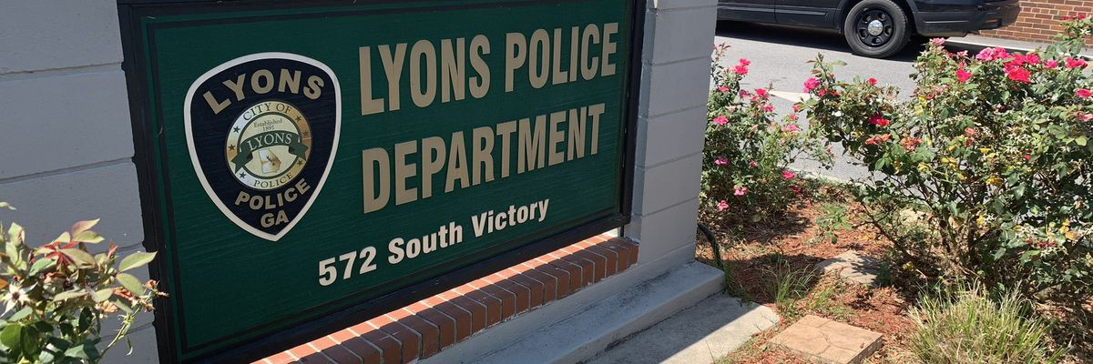 Lyons Police believe man killed trying to light fireworks