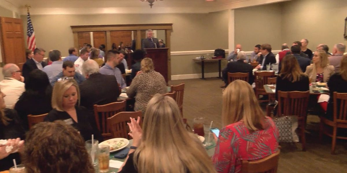 Quick meet-and-greet held by Statesboro Chamber of Commerce