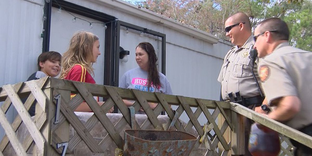 Effingham County Sheriff's Office gives turkeys, not tickets