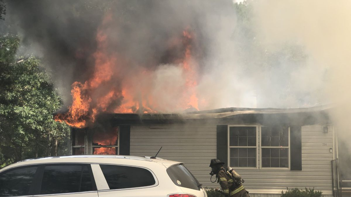 Long Co. family of 7 loses home to fire