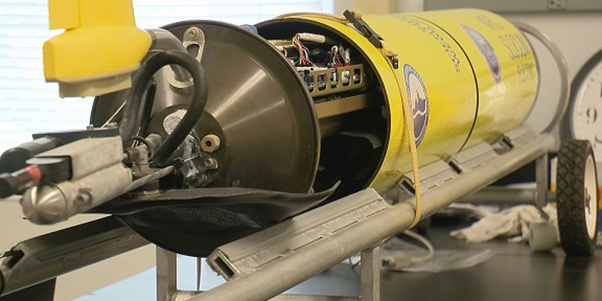 Hurricane researchers using underwater gliders