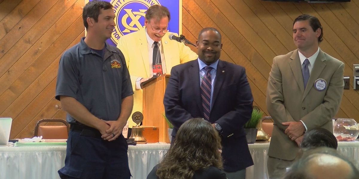 Exchange Club of Savannah presents 2016 Fire and EMS awards