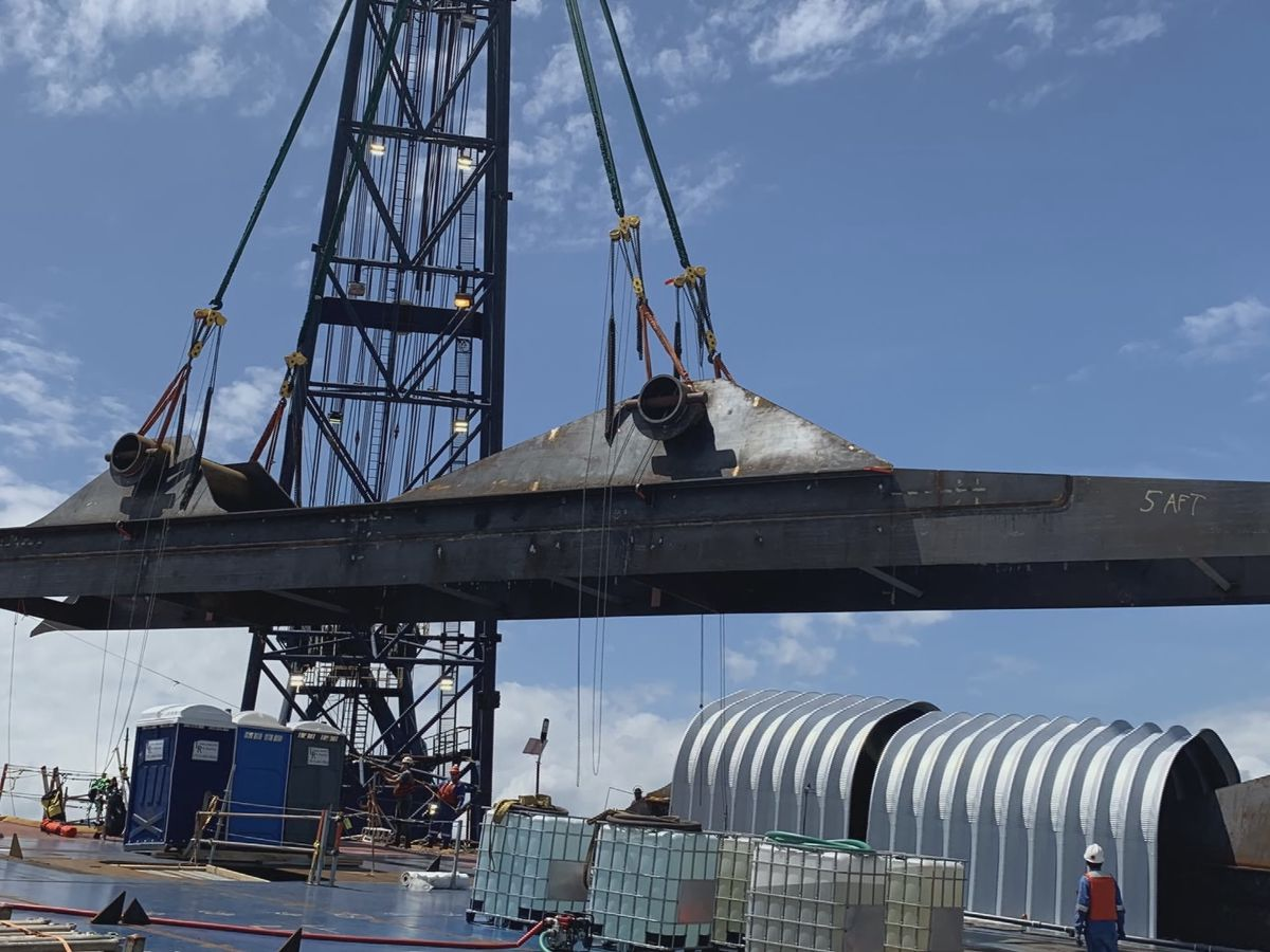 Lifting lugs installed on Golden Ray cargo ship
