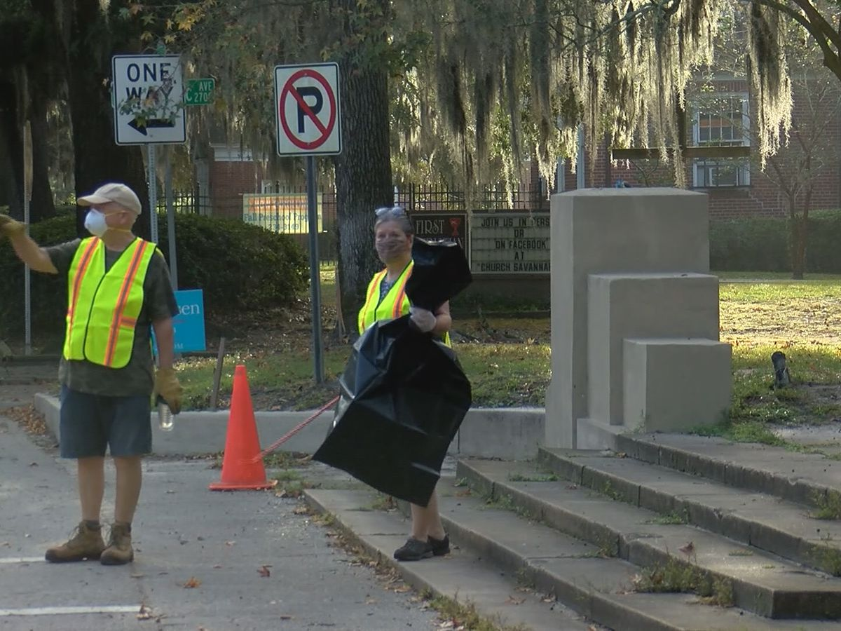 Dozens of volunteers participate in Great Savannah Cleanup 2020