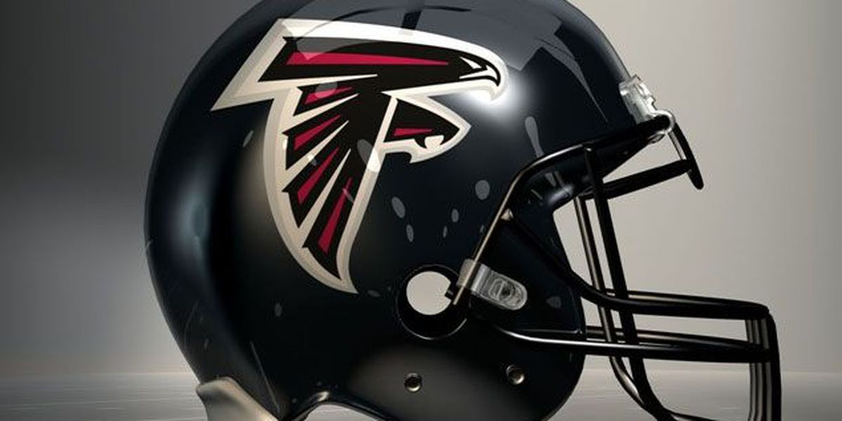 Man ejected from Falcons-Eagles game is charged with punching horse