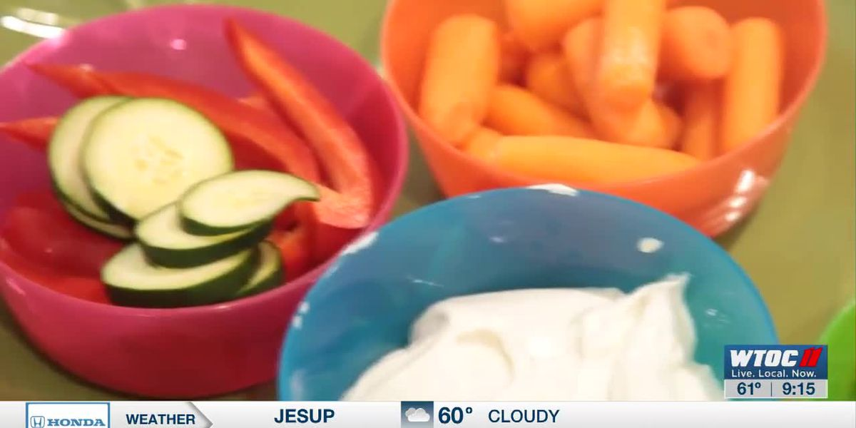 Make this yogurt dip to help your children eat more vegetables