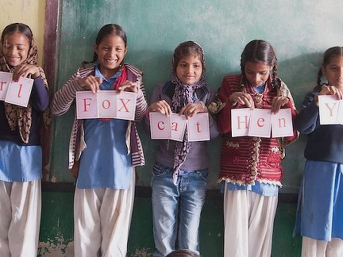 Good News: Napkin fundraiser helping girls in India