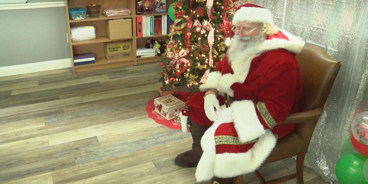 Santa visits children at the Hazlehurst Housing Authority