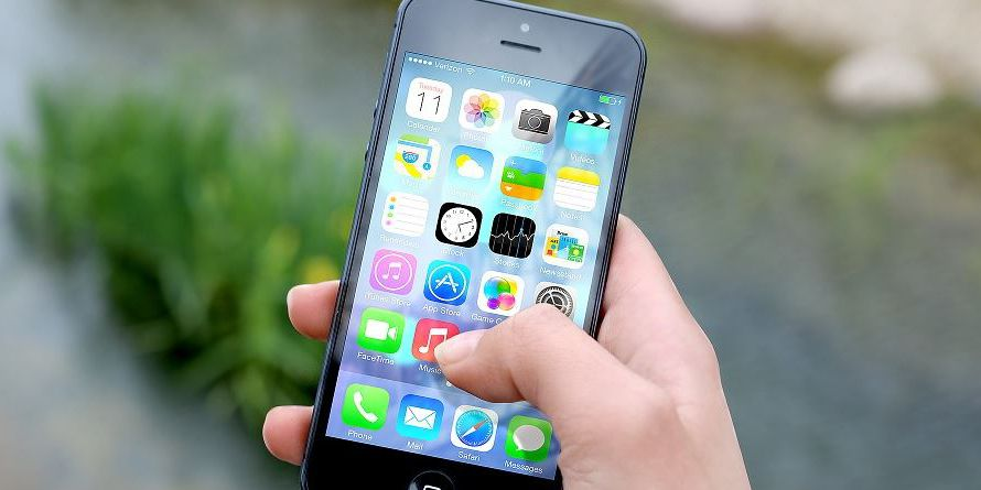 Websites infected iPhones with spyware, researchers say