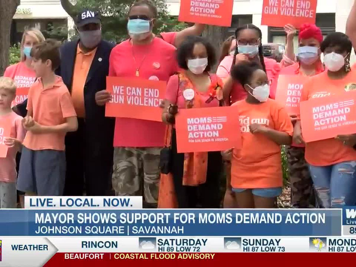 Savannah mayor meets with Moms Demand Action, encourages community to wear orange to show support
