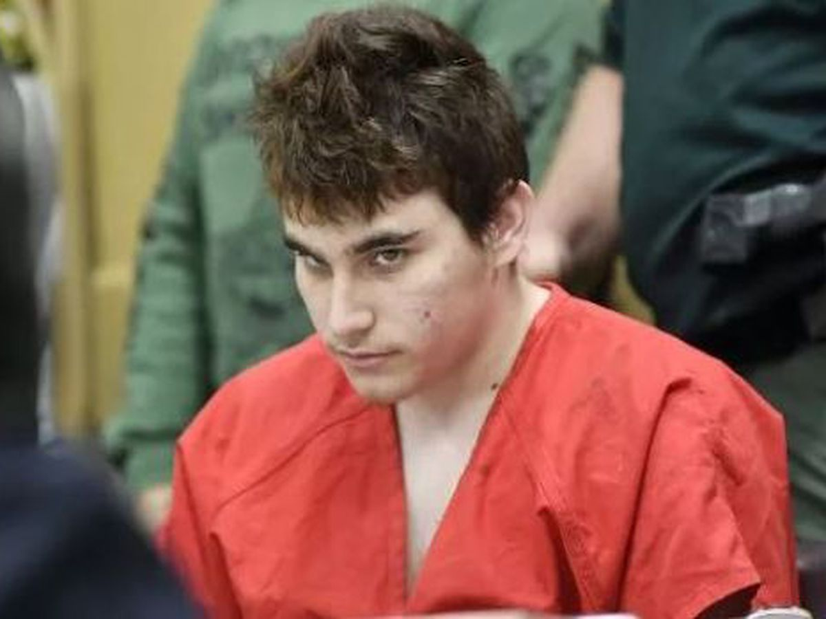 Sheriff: Parkland shooting suspect assaulted jail officer
