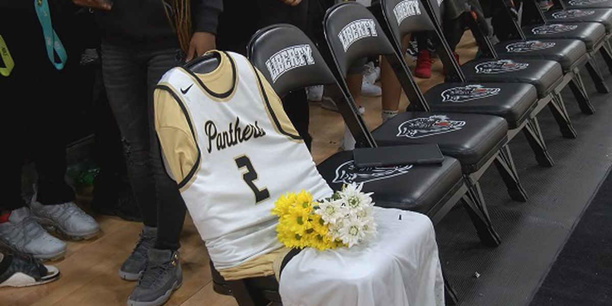 Liberty County teen killed in wreck honored at basketball game