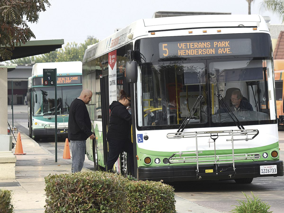 California is first state to mandate zero-emission bus fleet