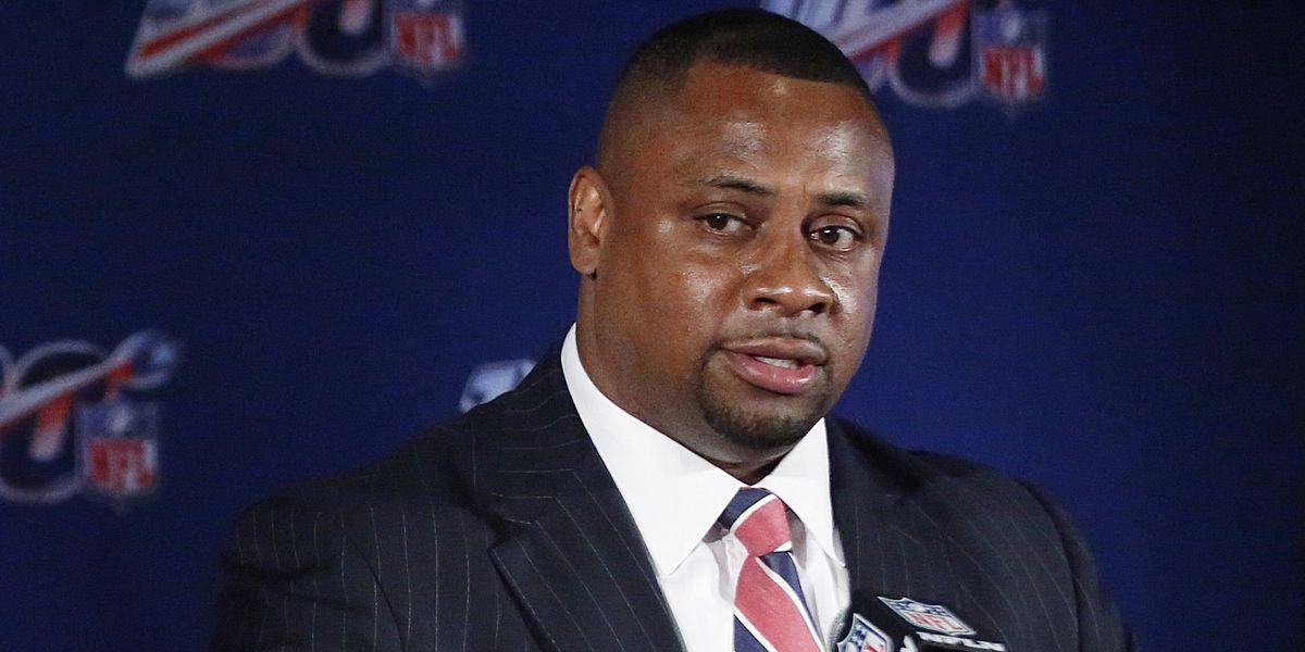 "NFL plans full season; being ""deliberate, reasonable"""
