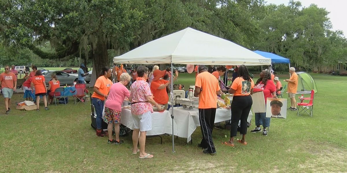 Families remember those lost to gun violence at event in Daffin Park
