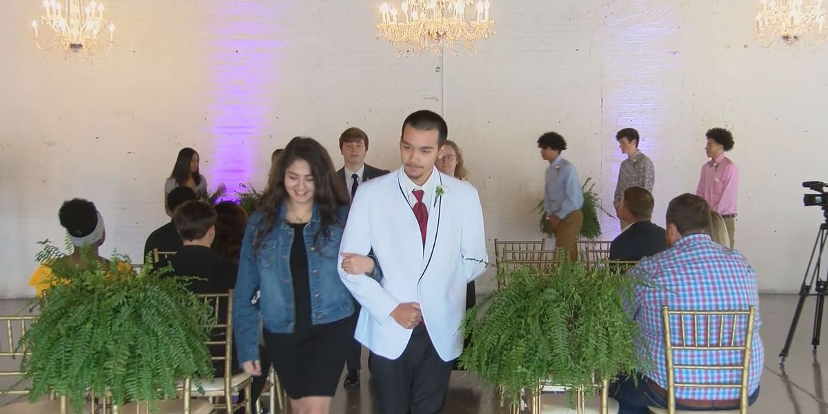 Effingham Co. students find out how much work is needed to plan a wedding
