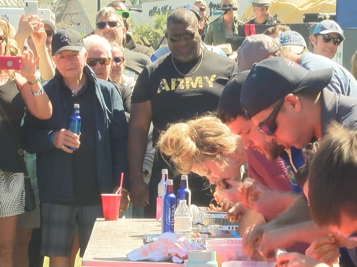 Hilton Head holds annual wing eating competition at Wing Fest