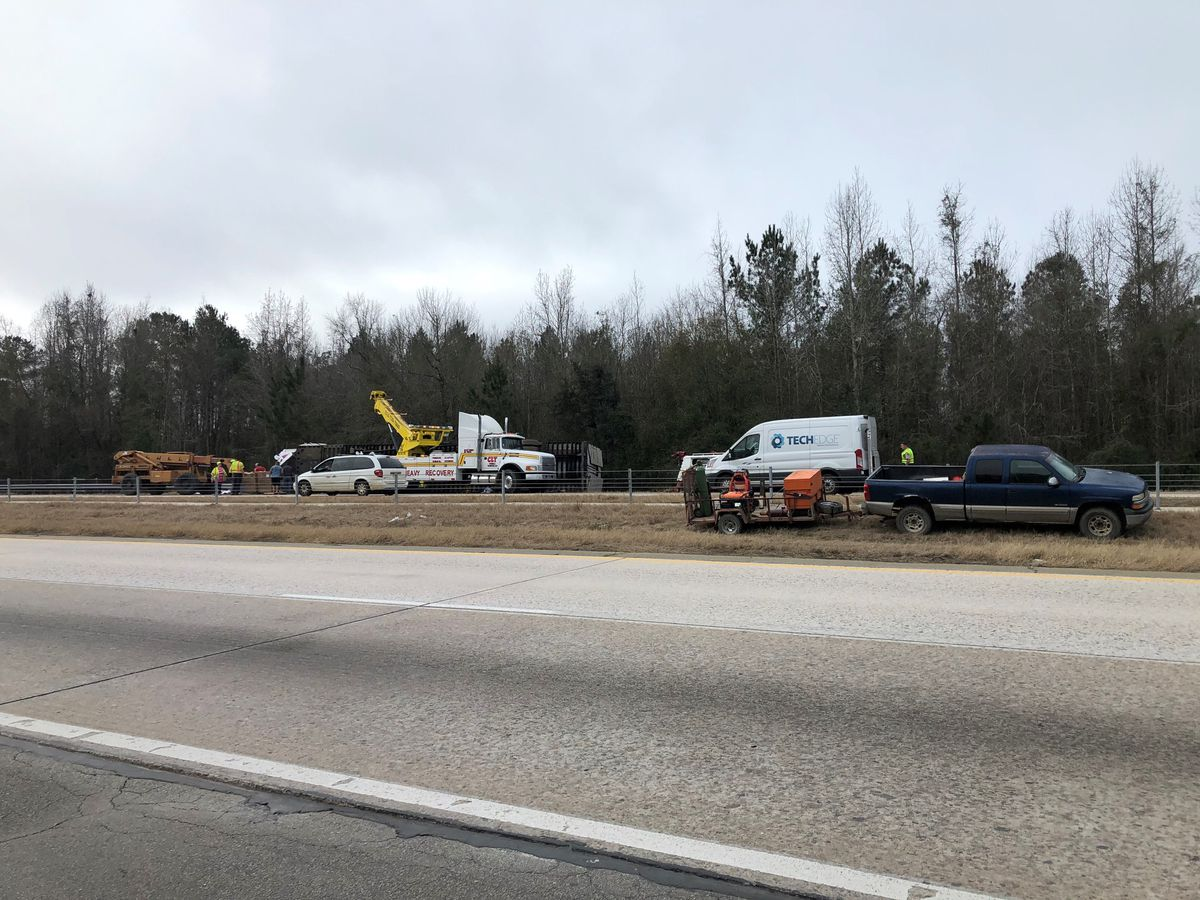 Crashes cause major delays on Interstate 16 Monday morning