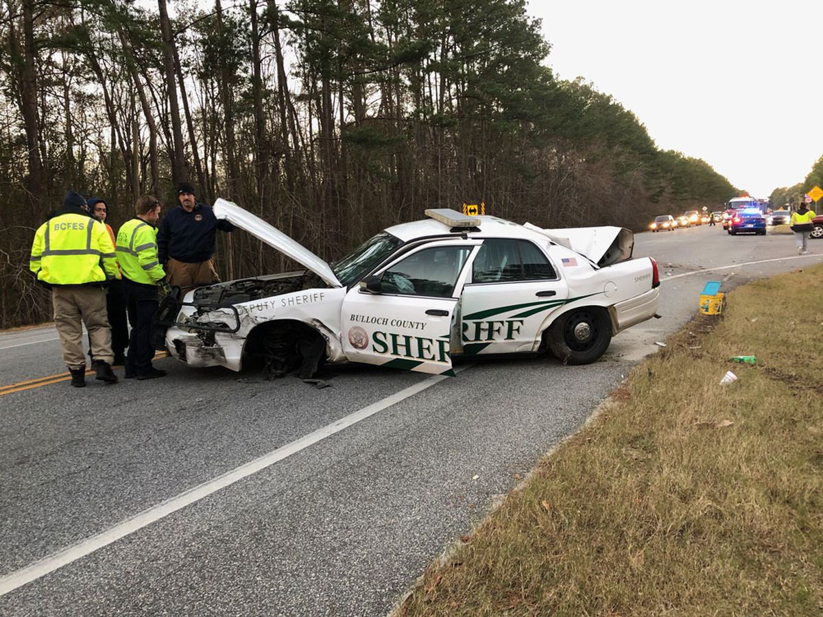 Officer taken to hospital after wreck, expected to be OK