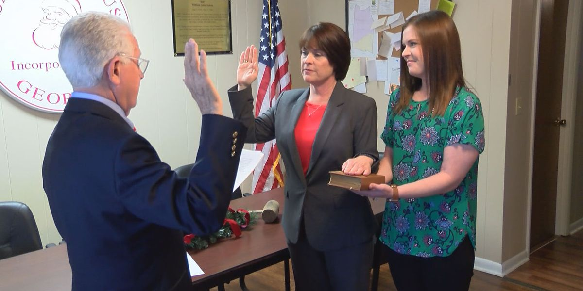 City of Santa Claus swears in first female mayor