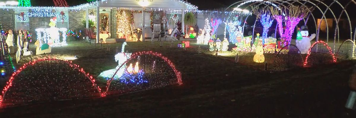 Beaufort Co. neighbors enjoy dueling holiday light displays